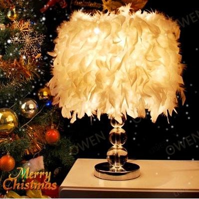 White Creative Design Romantic Feather Decorative Dimming Table Lamp