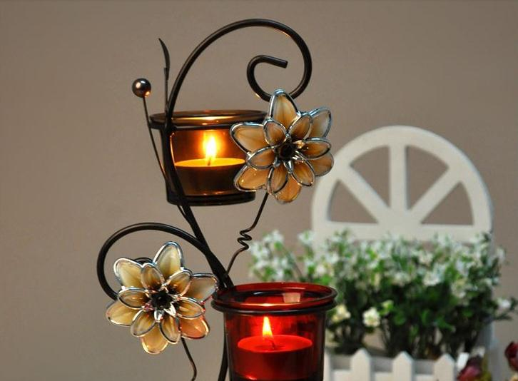 European Pastoral Wrought Iron Floral Candle Holder with Three Heads