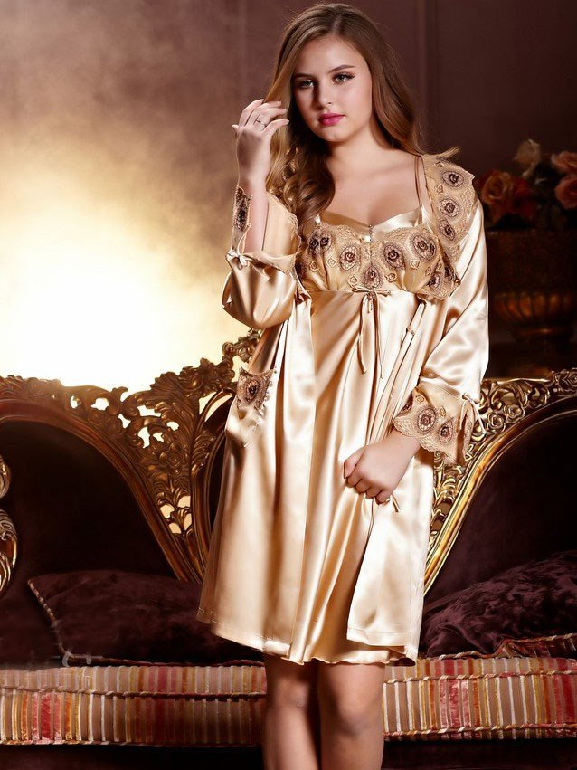 New Arrival Elegant Wedding Couple Sleepwear for Woman