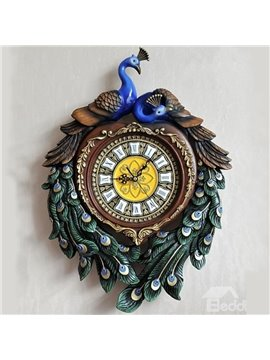 Gorgeous Resin Loving Peacock Mute Wall Clock
