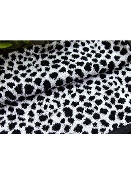 New Arrival Black and White Leopard Patterns Towel