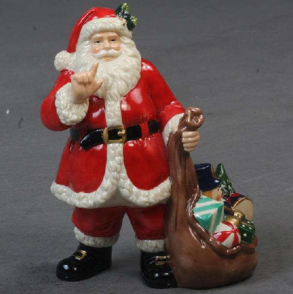 Best Selling Porcelain Christmas Decorative Artware  Santa Claus Artwork