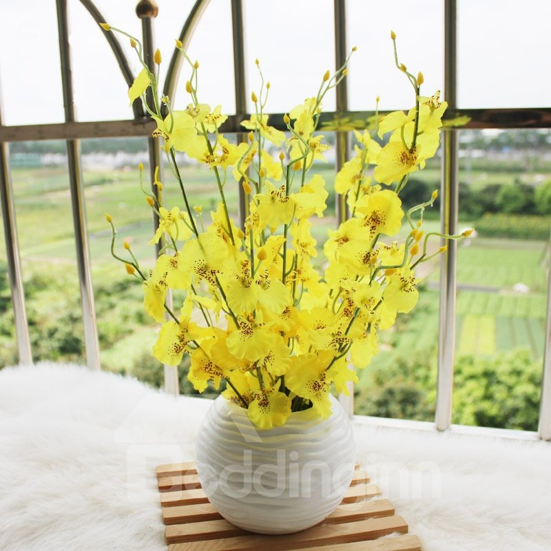 New Arrival Lovely Yellow Flowers In White Round Vase