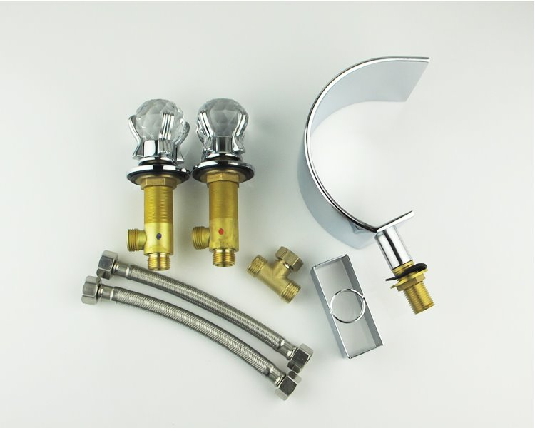 New Arrival Chrome Colored Three Piece Waterfall Faucet