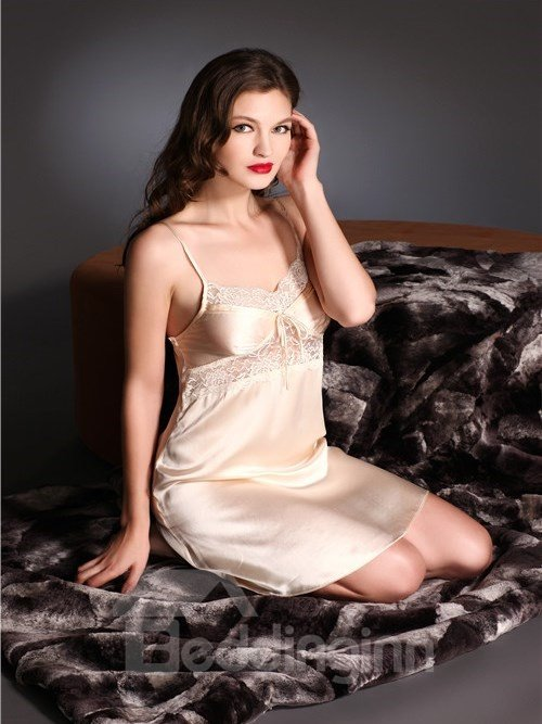 High Quality Flowers Border Mulberry Silk Chemise