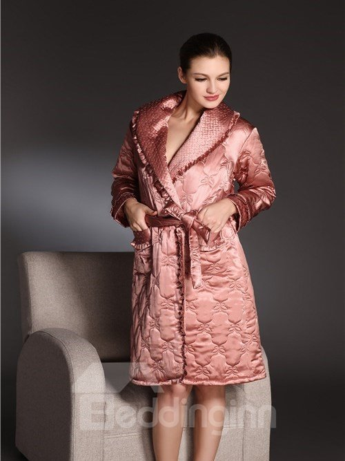 High Quality Comfortable Cotton Padding Silky Bathrobe