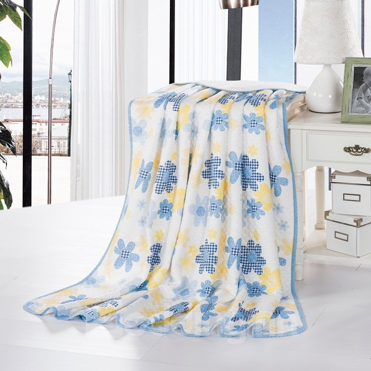 High Quality Bright and Fresh Style Floral Reactive Print Blanket