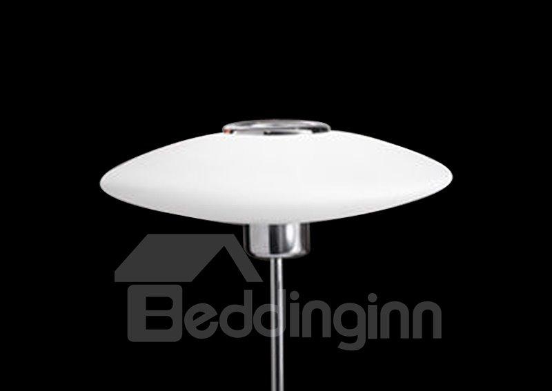 Gorgeous Glass Shade Metal Base 1 Light Lamp