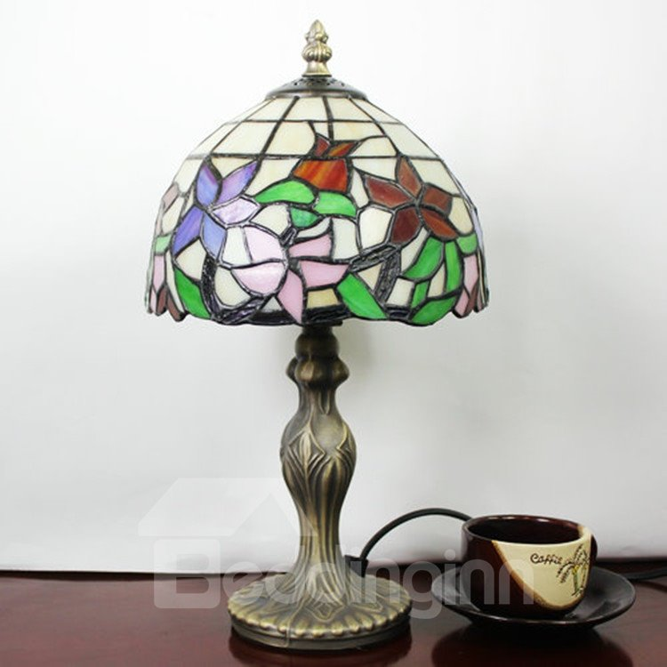 tiffany style floral pattern stained glass table lamp. Black Bedroom Furniture Sets. Home Design Ideas