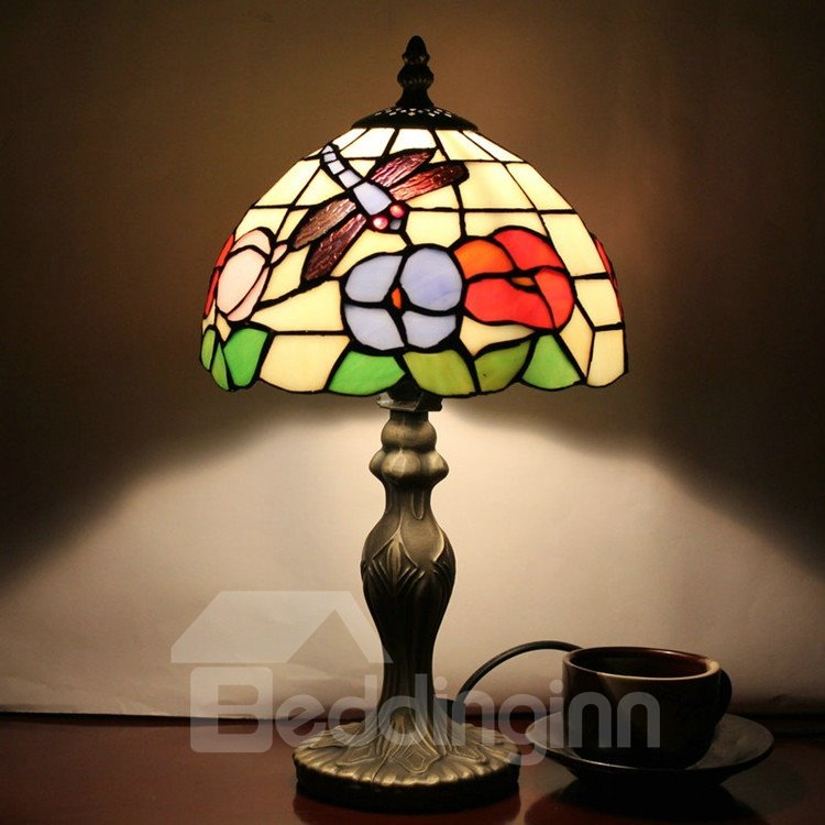 tiffany dragonfly pattern stained glass table lamp. Black Bedroom Furniture Sets. Home Design Ideas