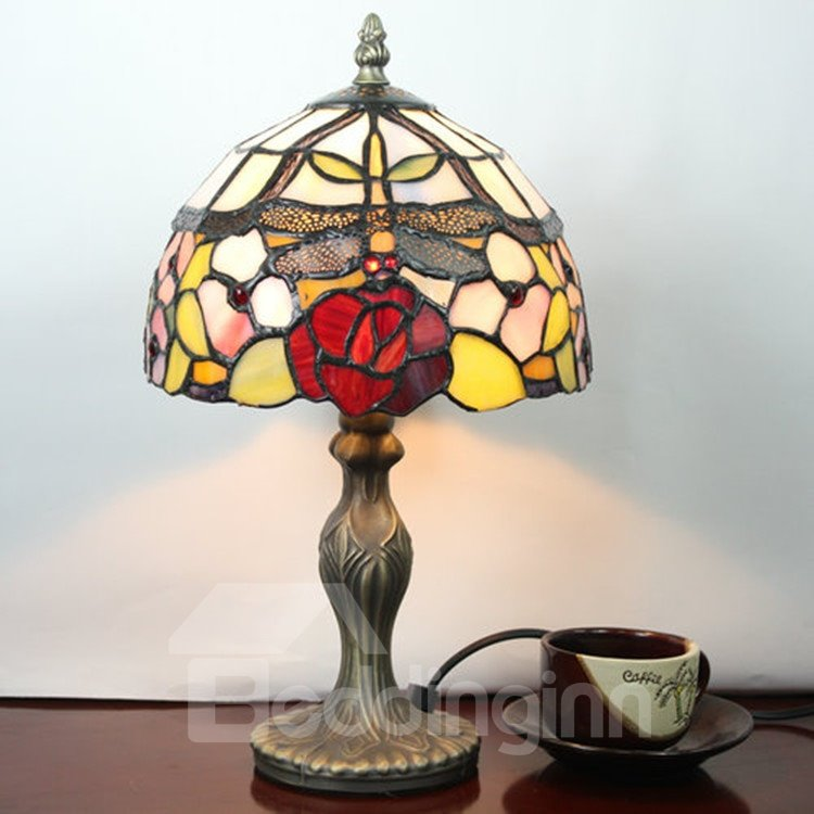 Retro Gorgeous Tiffany Dragonfly Patterned Stained Glass Table Lamp
