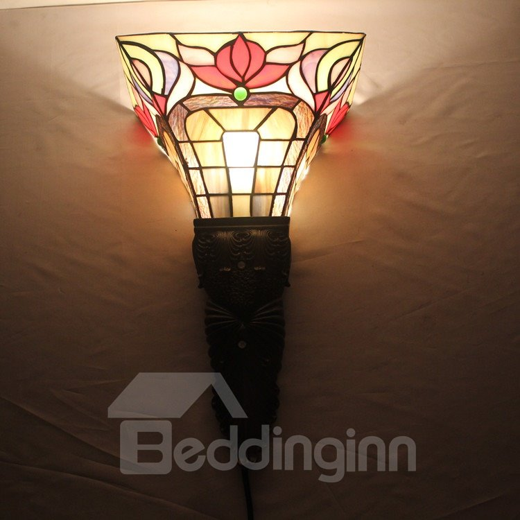16-Inch Alluring Tiffany Style Floral Pattern Stained Glass Pocket Lantern
