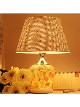 Romantic Resin Flower Pattern Decorative Table Lamp