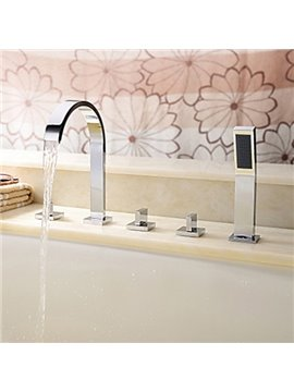 Comtemporary Style Chrome Finish Brass Bathtub Faucet