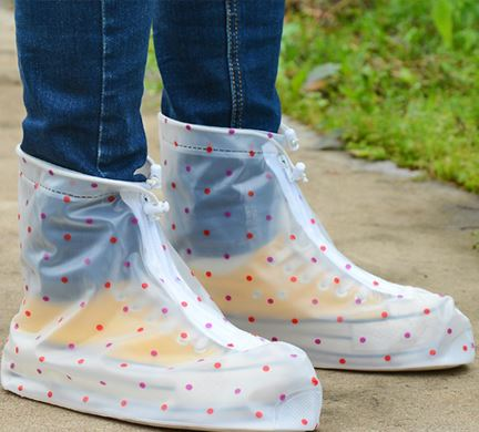 Amazing Fresh Dots Design Waterproof one Pair of Shoe Covers