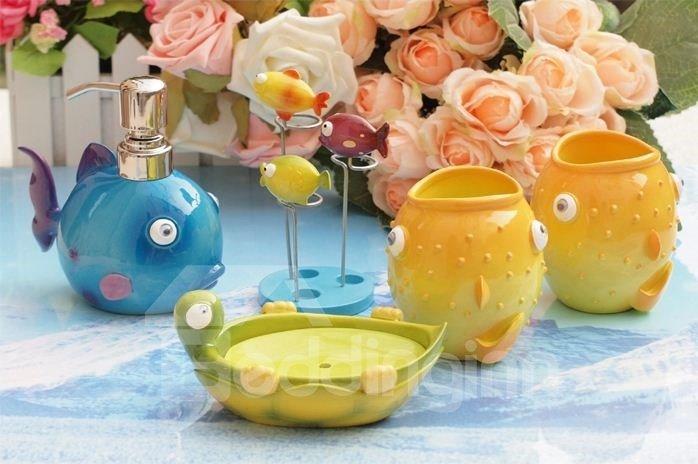 Super Cute Cartoon Fish Pattern Five Pieces Bathroom Accessories