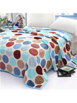 Top Selling Voguish Flattering Colorful Polka Dot Pattern Flannel Blanket