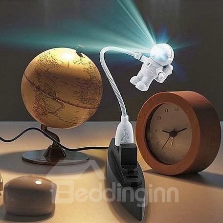 New Arrival Fantastic LED Astronaut USB Lamp