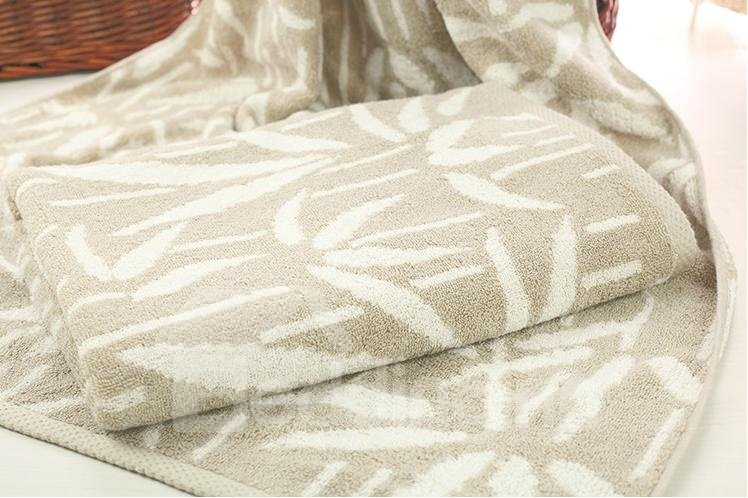 High Quality Elegant Leaves Pattern Full Cotton Bath Towel