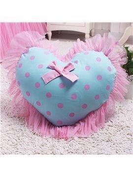 Super Romantic Heart Shape Lace Border Pattern Throw Pillow