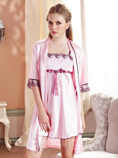 Graceful Light Pink Floral Lace Border Robe