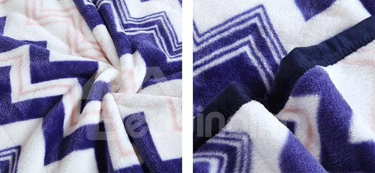 Stylish Green Sawtooth Stripes Pattern Thicken Geometric Blanket