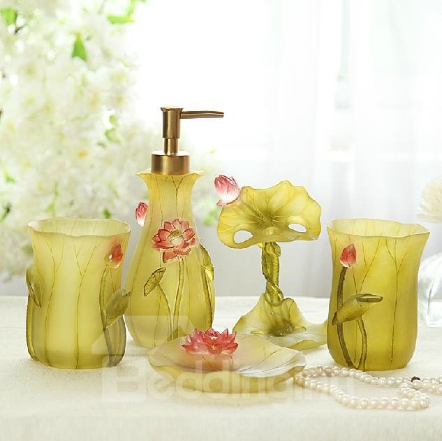 Elegant Creative Lotus Design 5-piece Bathroom Accessories