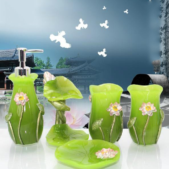 Fancy Creative Lotus Design 5-Pieces Bathroom Accessories