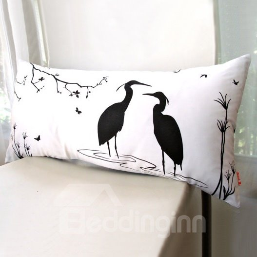 Quiet Two Red-Crowned Crane Pattern Throw Pillow