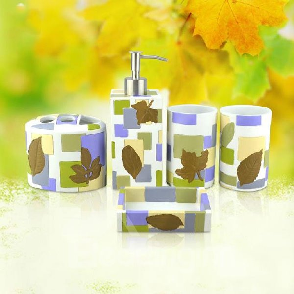 Elegant Maple Pattern European Pastoralism 5-piece Bathroom Accessories