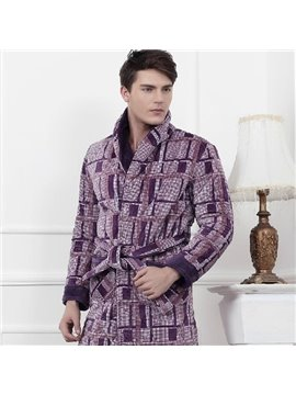 Fashion Plaid Coral Fleece Male Bathrobe with Lapel