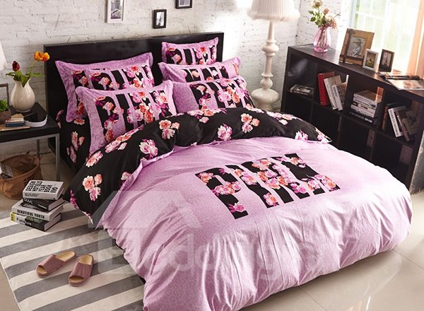 Fashion Pink and Black Pattern 4-Piece Coral Fleece Duvet Cover Sets