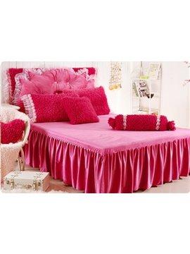 Comfortable Rose Trim Edge 4-Piece Plush Duvet Cover Sets