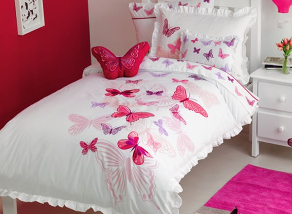 Beautiful Pink Embroidered Butterflies 3-Piece Cotton Duvet Cover Sets