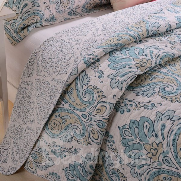 Clumps of Blue and Beige Flowers Pattern Ultra Comfortable 3-Piece Bed in a Bag Set