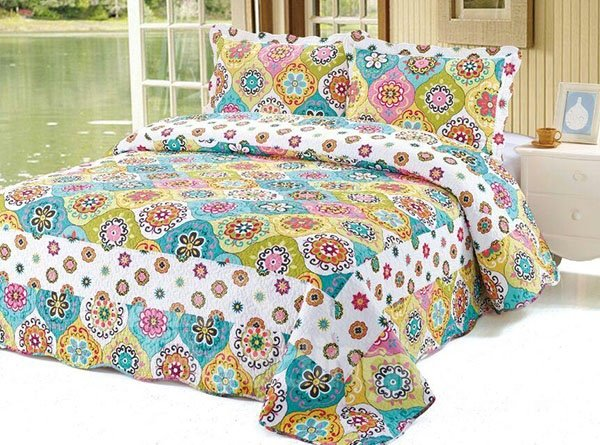 Fabulous Kinds of Colorful Round Flowers Pattern Cotton 3-Piece Bed in a Bag Set