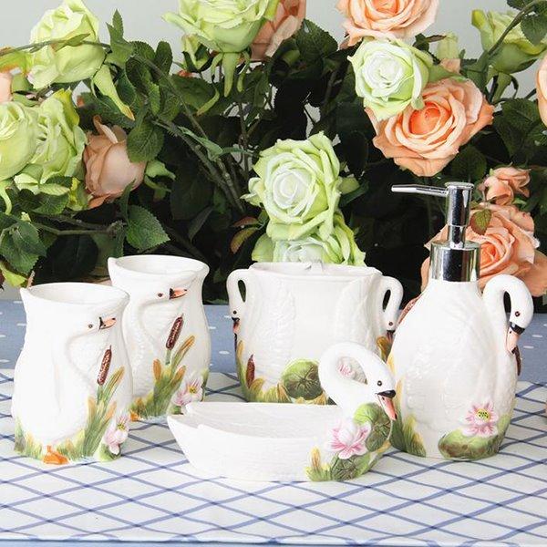 Graceful Shy Swan Ceramic 5-piece Bathroom Accessories