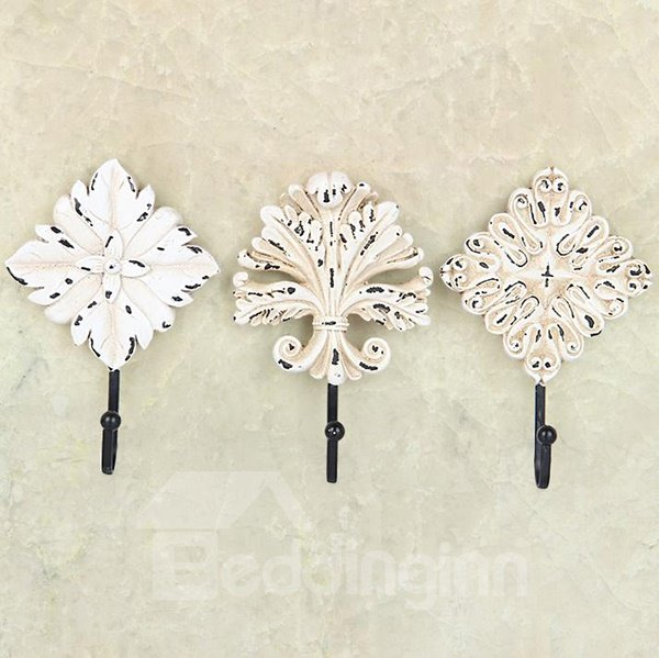 European Vintage Style High Quality Resin 3-piece Hooks 11255623
