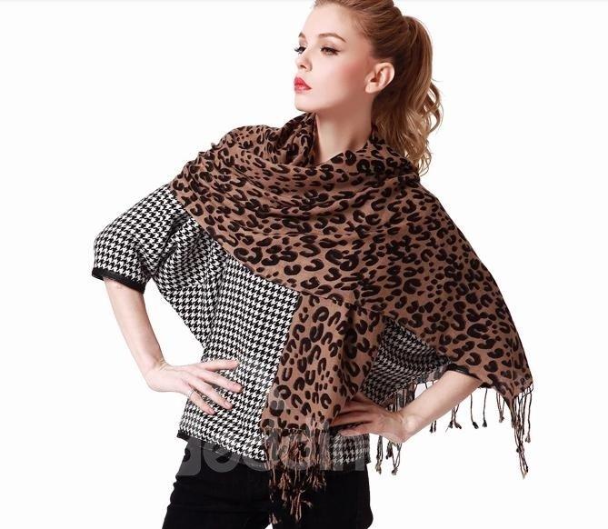Leopard Spots Pattern Trendy Tassel Style Wool Long Scarf