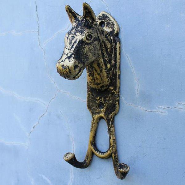 Retro European Style Horsehead Iron Double Hooks