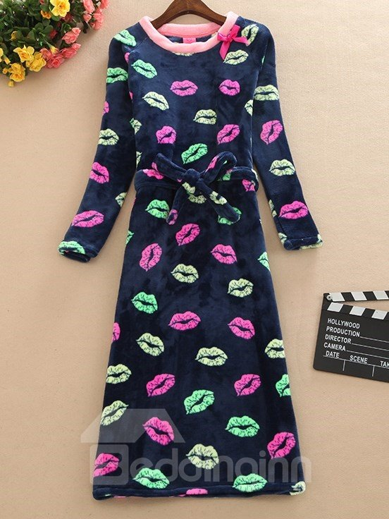 Solid Color Sexy Kisses Print Plus Size Belted Nightgown
