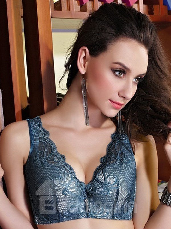 Charming Full Lace Sports Style Wireless Bra
