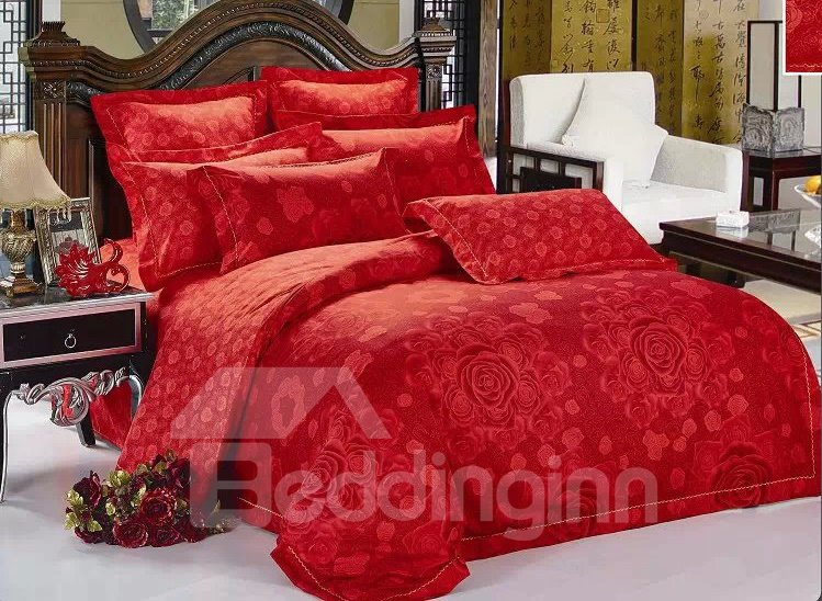 Red Blooming Flower Print 4-Piece Polyester Duvet Cover Sets