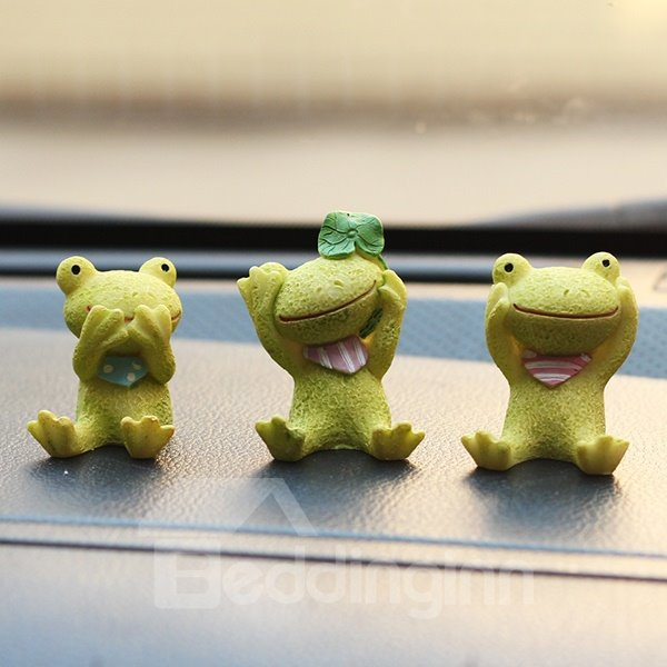 Three Cute Sitting Resin Frogs Cartoon Creative Car Decor