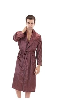 The Fabric Soft And Delicate  Luxury Men's Bathrobe