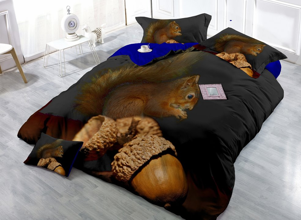 Squirrel and Acorn Digital Print 4-Piece Cotton Silky Duvet Cover Sets