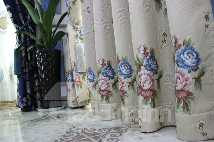 Glamorous High Precision Chenille High Shading Degree Polyester Curtain