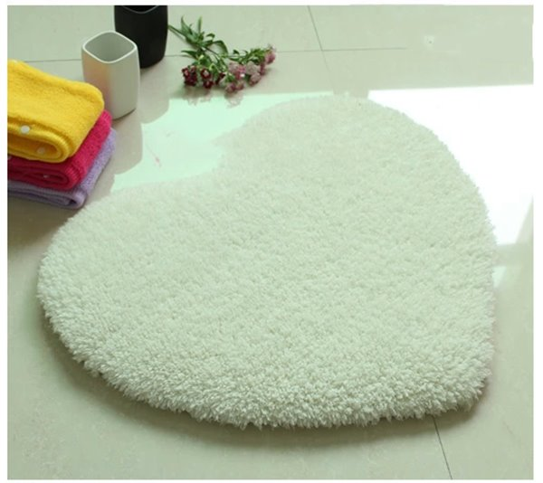 Top Quality Super Soft Ermine Heart Shaped Area Rug