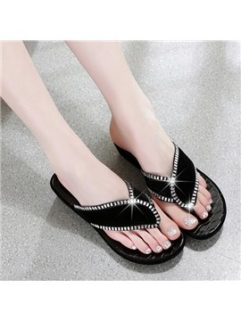 Leave Shape with Rhinestone Thong Beach Shoes