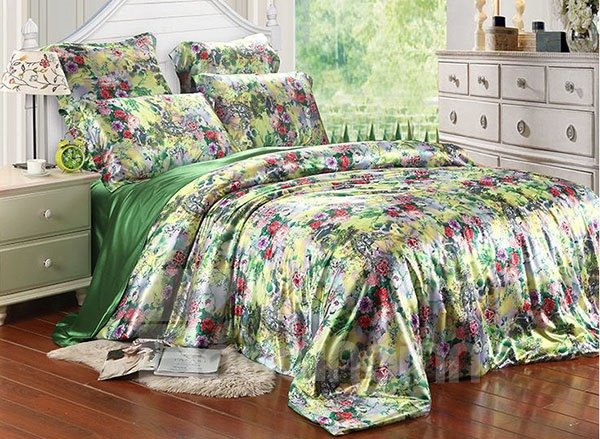 Charming Flower Print 4-Piece Green Duvet Cover Sets